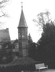 Glocke im Garten des Kreuzklosters