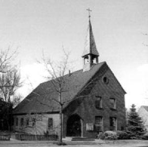 evangelische Pauluskirche mit ihren zwei Glocken